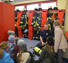Brandschutzerziehung bei der Feuerwehr Niedermittlau