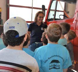 Grundschule macht mit dem HR Reportage über die Feuerwehr Gondsroth