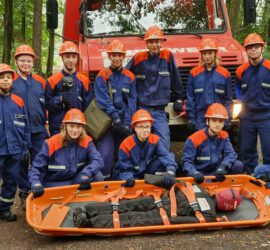 24-Stunden-Berufsfeuerwehrtag der Jugendfeuerwehr Hasselroth-Niedermittlau